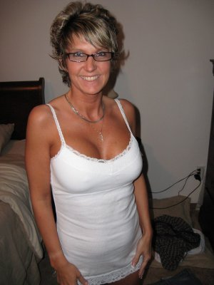 Meliana escort in Oldenburg in Holstein, SH