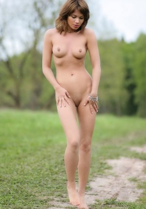 Gaelle-anne private escort in Barmstedt